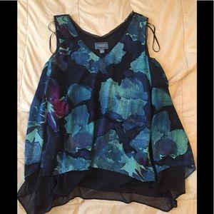 Simple Vera Vera Wang blouse